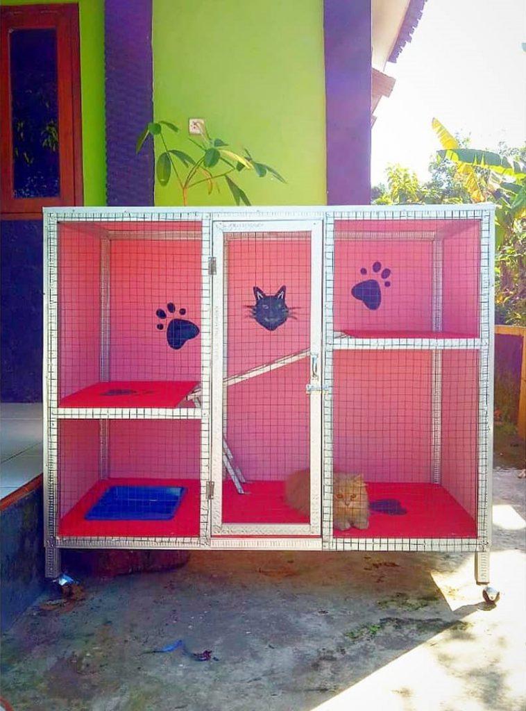Kandang Kucing Baja Ringan
